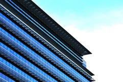 αφηρημένα Windows προτύπων buildi εξωτερικά Στοκ Φωτογραφία