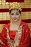 αφηρημένες γαμήλιες νεολαίες κοριτσιών φορεμάτων νυφών ανασκόπησης Στοκ εικόνα με δικαίωμα ελεύθερης χρήσης