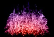 Αφηρημένες ζωηρόχρωμες φλόγες πυρκαγιάς στο μαύρο υπόβαθρο Στοκ φωτογραφίες με δικαίωμα ελεύθερης χρήσης