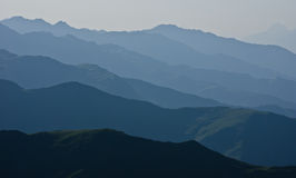 Αφηρημένες σειρές βουνών Στοκ φωτογραφία με δικαίωμα ελεύθερης χρήσης