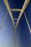 Αφηρημένη άποψη μιας μεγάλης γέφυρας αναστολής Στοκ Εικόνα