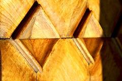 αφηρημένη εκκλησία ξύλινη Ιταλία Λομβαρδία πορτών arsizio busto Στοκ εικόνες με δικαίωμα ελεύθερης χρήσης