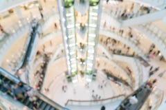αφηρημένη θαμπάδα στη λεωφόρο και το μαγαζί λιανικής πώλησης αγορών πολυτέλειας Στοκ Εικόνες