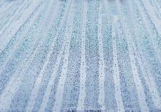 Αφηρημένη συμπύκνωση φυσαλίδων ψεκασμού σταγόνων βροχής ταπετσαριών μπλε Στοκ φωτογραφία με δικαίωμα ελεύθερης χρήσης