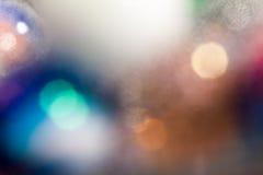 Αφηρημένη υποβρύχια σύνθεση με τις ζωηρόχρωμες σφαίρες γυαλιού Στοκ φωτογραφία με δικαίωμα ελεύθερης χρήσης