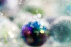 Αφηρημένη υποβρύχια σύνθεση με τις ζωηρόχρωμες σφαίρες γυαλιού Στοκ εικόνες με δικαίωμα ελεύθερης χρήσης