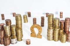 Αφηρημένη φωτογραφία Πέταλο στα ευρο- νομίσματα στοκ εικόνες με δικαίωμα ελεύθερης χρήσης