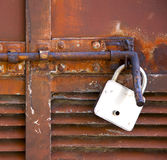 Αφηρημένος διαγώνιος χάλυβας padock σε ένα mornago του Βαρέζε Ιταλία Στοκ εικόνες με δικαίωμα ελεύθερης χρήσης