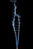 Αφηρημένος καπνός στο μαύρο υπόβαθρο Στοκ εικόνες με δικαίωμα ελεύθερης χρήσης