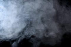 Αφηρημένος καπνός hookah σε ένα μαύρο υπόβαθρο Στοκ Εικόνες