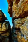 αφηρημένος καφετής χρωμάτων τραβερτίνης επιφάνειας πετρών προτύπων κοκκινωπός Στοκ εικόνες με δικαίωμα ελεύθερης χρήσης