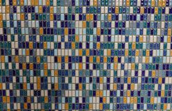 Αφηρημένος κεραμικός τοίχος μωσαϊκών στοκ φωτογραφία