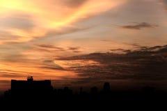Αφηρημένος κόκκινος νεφελώδης ουρανός Στοκ Εικόνες