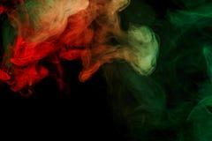 Αφηρημένος κόκκινος πράσινος καπνός Weipa Στοκ Εικόνες