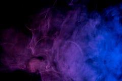 Αφηρημένος μπλε ιώδης καπνός Weipa Στοκ εικόνα με δικαίωμα ελεύθερης χρήσης