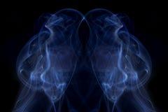 αφηρημένος μπλε καπνός ανα Στοκ Φωτογραφίες