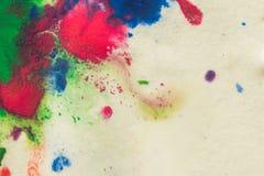 αφηρημένος παφλασμός σημείων των φωτεινών χρωμάτων στη μακροεντολή της Λευκής Βίβλου Στοκ εικόνες με δικαίωμα ελεύθερης χρήσης