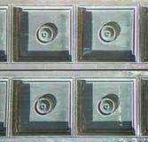 Αφηρημένος σκουριασμένος ορείχαλκος καφετιά κλειστή ρόπτρα Λομβαρδία Busto Στοκ φωτογραφία με δικαίωμα ελεύθερης χρήσης