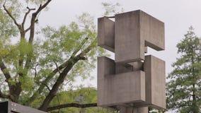 Αφηρημένος σύγχρονος το μνημείο απόθεμα βίντεο