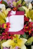 αφηρημένος χαιρετισμός λουλουδιών καρτών ανασκόπησης Στοκ Εικόνες