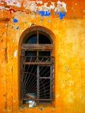 Αφηρημένος orange-yellow παλαιός τοίχος Στοκ Φωτογραφίες