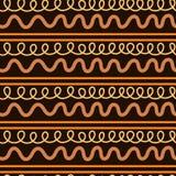 Αφηρημένο άνευ ραφής σχέδιο, ατελείωτη σύσταση των πορτοκαλιών κυματιστών γραμμών στο σκοτεινό υπόβαθρο στοκ εικόνα