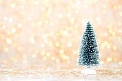 αφηρημένο ανασκόπησης Χριστουγέννων σκοτεινό διακοσμήσεων σχεδίου λευκό αστεριών προτύπων κόκκινο Αστέρι Χριστουγέννων και καπέλο Στοκ Εικόνες