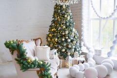 αφηρημένο ανασκόπησης Χριστουγέννων σκοτεινό διακοσμήσεων σχεδίου λευκό αστεριών προτύπων κόκκινο Δωμάτιο που διακοσμείται εσωτερ Στοκ Φωτογραφίες
