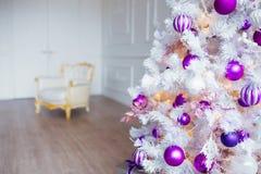 αφηρημένο ανασκόπησης Χριστουγέννων σκοτεινό διακοσμήσεων σχεδίου λευκό αστεριών προτύπων κόκκινο Δωμάτιο που διακοσμείται εσωτερ Στοκ Εικόνα