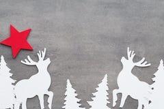 αφηρημένο ανασκόπησης Χριστουγέννων σκοτεινό διακοσμήσεων σχεδίου λευκό αστεριών προτύπων κόκκινο Άσπρες διακοσμήσεις δέντρων σε  Στοκ φωτογραφίες με δικαίωμα ελεύθερης χρήσης