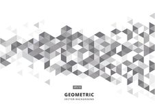 Αφηρημένο γκρίζο γεωμετρικό υπόβαθρο με τα polygonal τρίγωνα Στοκ φωτογραφία με δικαίωμα ελεύθερης χρήσης