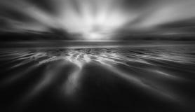 Αφηρημένο ηλιοβασίλεμα, άμμοι Perran, βόρεια Κορνουάλλη στοκ εικόνες