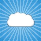 Αφηρημένο σύννεφο υποβάθρου στο μπλε ουρανό με τις ακτίνες ήλιων ελεύθερη απεικόνιση δικαιώματος