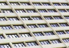 Αφηρημένο τεμάχιο της αστικής αρχιτεκτονικής Στοκ φωτογραφία με δικαίωμα ελεύθερης χρήσης