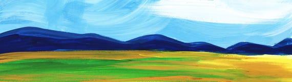 αφηρημένο τοπίο Δάσος βουνών κάτω από το μπλε ουρανό και τους τομείς στοκ φωτογραφίες