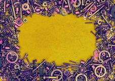 Αφηρημένο υπόβαθρο από τα μπουλόνια, βίδες, καρύδια Στοκ εικόνα με δικαίωμα ελεύθερης χρήσης