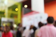 αφηρημένο υπόβαθρο θαμπάδων των ανθρώπων στις αγορές mal Στοκ φωτογραφίες με δικαίωμα ελεύθερης χρήσης