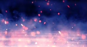 Αφηρημένο υπόβαθρο με τον καπνό και τους σπινθήρες, φως νέου στοκ εικόνες