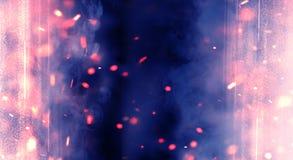 Αφηρημένο υπόβαθρο με τον καπνό και τους σπινθήρες, φως νέου στοκ φωτογραφία