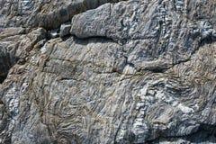 Αφηρημένο υπόβαθρο πετρών - μαύρη, γκρίζα, σκοτεινή σύσταση πετρών - FO Στοκ Φωτογραφίες