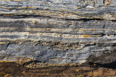 Αφηρημένο υπόβαθρο πετρών - μαύρη, γκρίζα, σκοτεινή σύσταση πετρών - FO Στοκ Εικόνα
