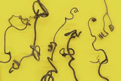 Αφηρημένο υπόβαθρο του ξηρού σταφυλιού που κατσαρώνουν tendrils στοκ εικόνες με δικαίωμα ελεύθερης χρήσης