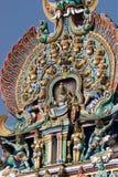 αφιερωμένο gopura ινδή Ινδία nadu meenakshi Λόρδου Madurai ένας άλλος νότιος sundareswarar tamil ναός γλυπτών στο δίδυμο πύργων π Στοκ Φωτογραφία