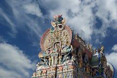 αφιερωμένο gopura ινδή Ινδία nadu meenakshi Λόρδου Madurai ένας άλλος νότιος sundareswarar tamil ναός γλυπτών στο δίδυμο πύργων π Στοκ φωτογραφίες με δικαίωμα ελεύθερης χρήσης