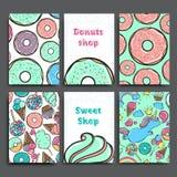 Αφισών πρότυπο που τίθεται διανυσματικό με τα donuts Διαφήμιση για το κατάστημα ή τον καφέ αρτοποιείων γλυκό ανασκόπησης Στοκ Εικόνες