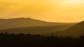 Αφρικανικά ζωηρόχρωμα στρώματα ηλιοβασιλέματος Στοκ Φωτογραφία