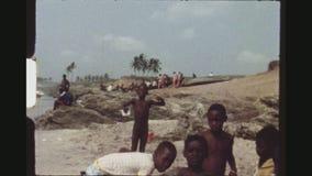 Αφρικανικά παιδιά θαλασσίως φιλμ μικρού μήκους