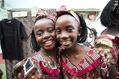 αφρικανικά παιδιά που χαμογελούν ευτυχώς Στοκ Φωτογραφίες