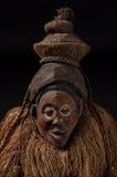 αφρικανικές μάσκες ξύλιν&epsil με την τρίχα Στοκ εικόνες με δικαίωμα ελεύθερης χρήσης