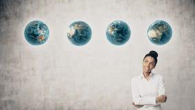 Αφρικανική γυναίκα με τη σειρά των πλανητών Στοκ φωτογραφίες με δικαίωμα ελεύθερης χρήσης